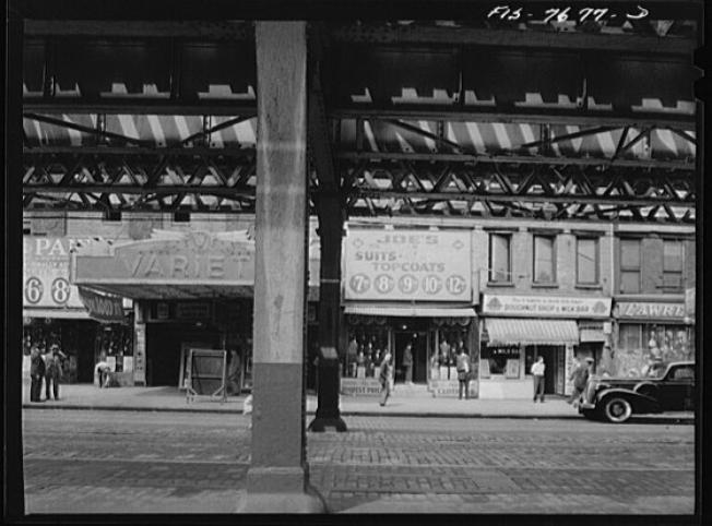 Fourteenth Street and Third Avenue below the elevated railway station