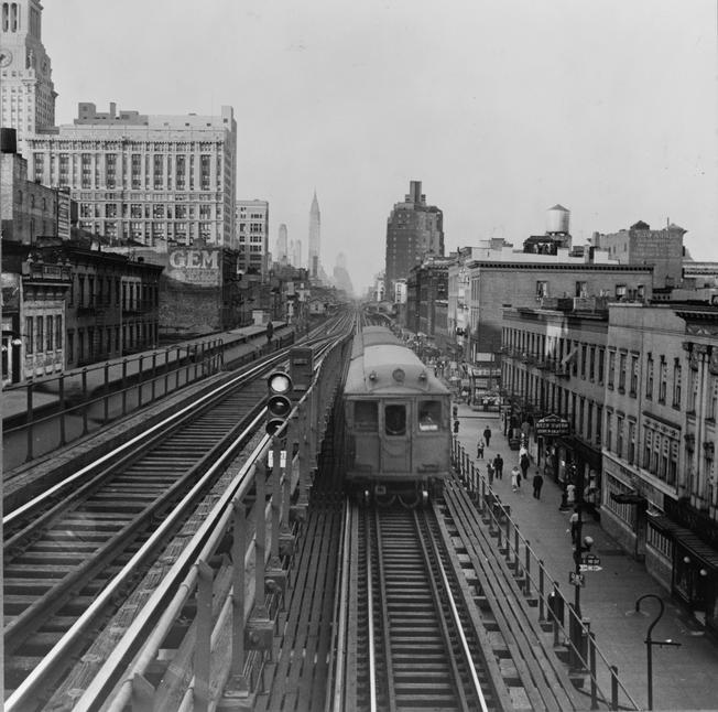 Third Avenue elevated railway 9th Street
