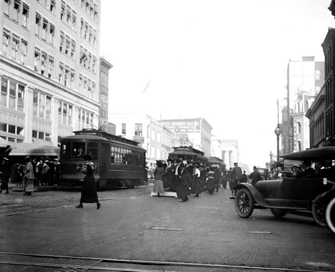 Washington trams old photograph